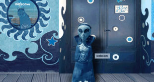 blue bar alieno