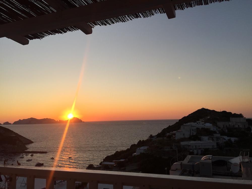 tramonto ponza palmarola